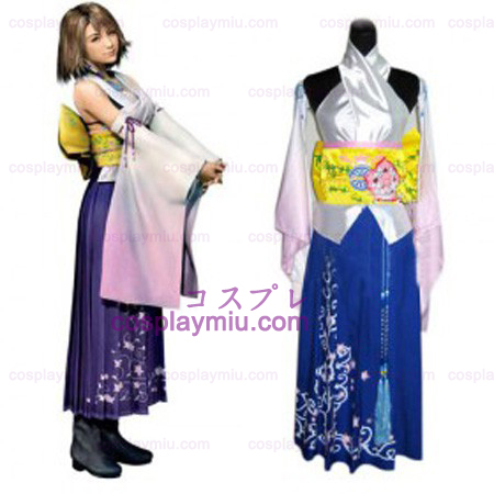 Final Fantasy X Cosplay Yuna